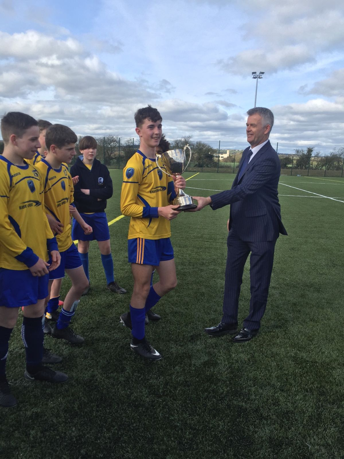 CNI Team Presented with League Trophy